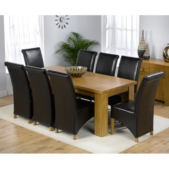 2018 Chunky Solid Oak Dining Tables And 6 Chairs Regarding Daniela Chunky Solid Oak Dining Table + 8 Barcelona Chairs (Gallery 9 of 20)