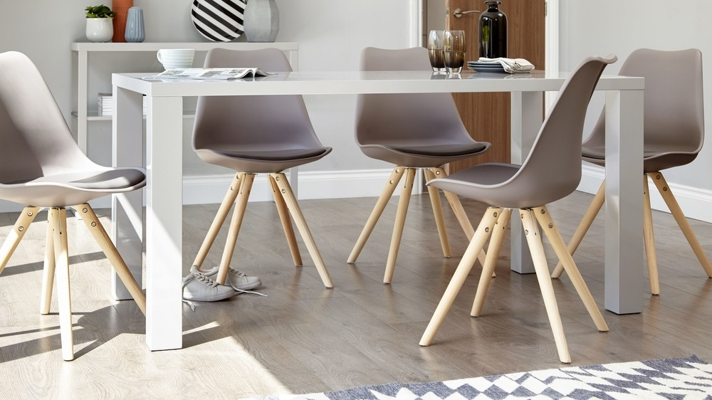 6 Seat Dining Tables And Chairs Intended For Newest Modern Grey Gloss Dining Table (View 11 of 20)