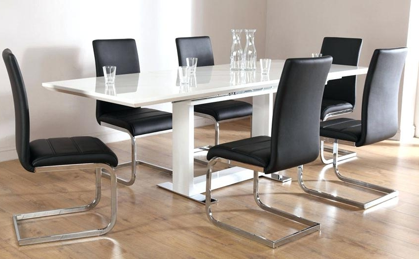 8 Seat Dining Tables Throughout 2017 Minimalist Dining Tables Excellent 8 Chair Table Person In 8 Chair (View 19 of 20)