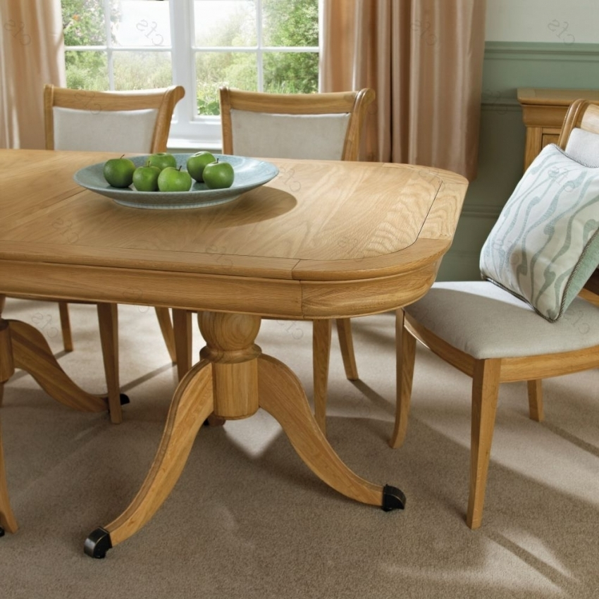 8 Seater Oak Dining Tables Pertaining To 2018 Get The 8 Seater Dining Table For Your Family's Ultimate Comfort (View 12 of 20)