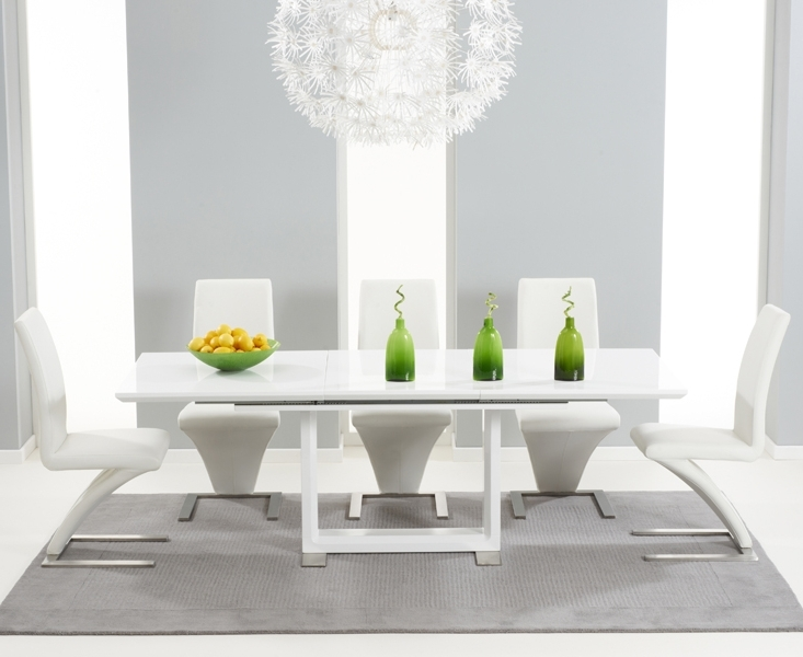 8 Seater White Dining Tables Throughout Preferred Bianco 160Cm White High Gloss Extending Dining Table With Hampstead (View 3 of 20)