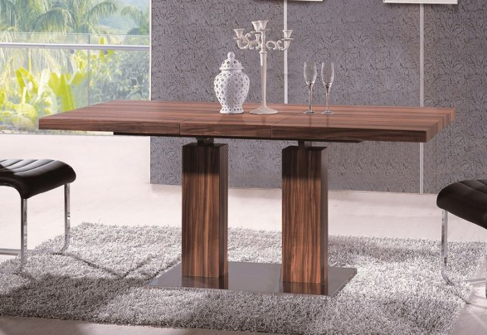 At Home Usa Skudt20101 Delfina Veneer Dining Table Throughout Well Known Delfina Dining Tables (Gallery 4 of 20)