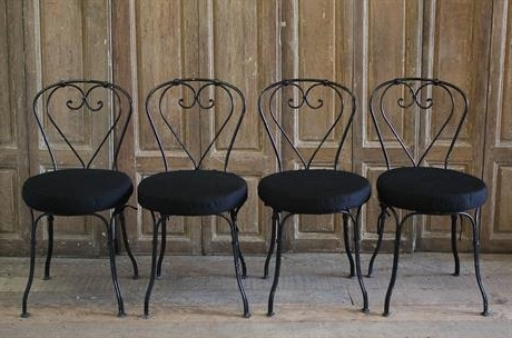 Best And Newest Full Bloom Cottage Pertaining To Garten Onyx Chairs With Greywash Finish Set Of (View 14 of 20)