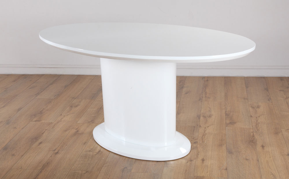 Best And Newest Monaco & Perth White High Gloss Oval Dining Table & 4 6 Leather For Oval White High Gloss Dining Tables (View 1 of 20)