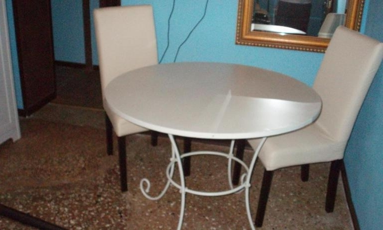 Best And Newest Osteria Emerald Side Chairs For Hotel A Venice Emeralds 1 & 2, Venice ***** (View 4 of 20)