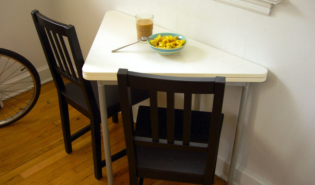 Best And Newest Small Dining Room Tables For Limited Space – Grezu : Home Interior In Small Dining Tables And Chairs (View 1 of 20)