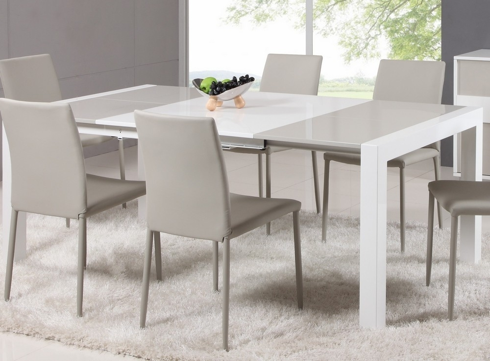 Black Extendable Dining Tables Sets With Latest Small Room Design: Expandable Dining Room Tables For Small Spaces (View 19 of 20)