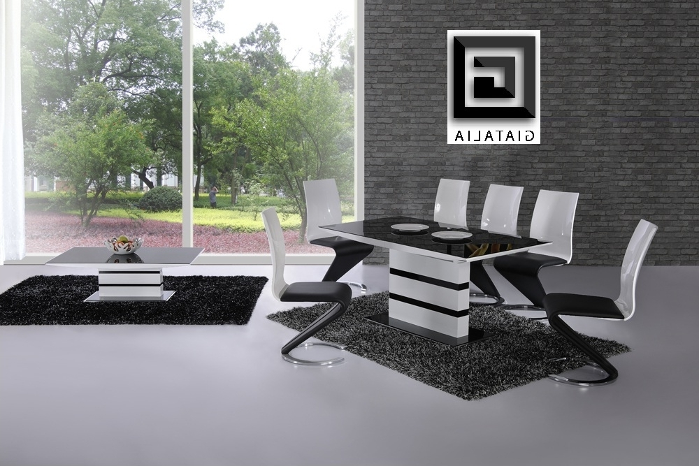 Black Glass Dining Tables And 4 Chairs Pertaining To Most Recently Released Ga K2 Small Extending Black White 120 160 Cm Dining Set 4 6 Swish Chairs (View 17 of 20)