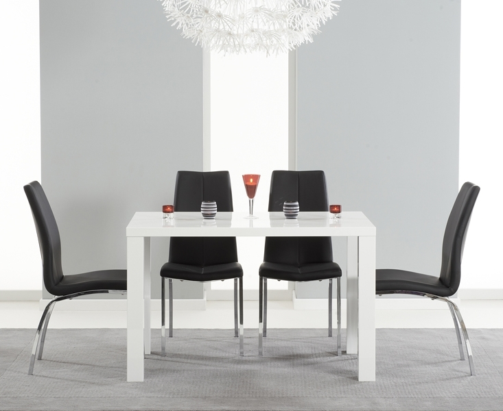 Black Gloss Dining Tables And Chairs Regarding Fashionable Atlanta 120cm White High Gloss Dining Table With Cavello Chairs (View 12 of 20)
