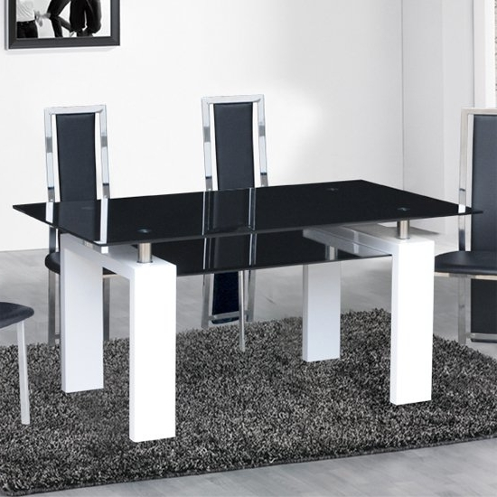 Black High Gloss Dining Tables And Chairs Within Newest Kontrast Dining Table In Black Glass With White Gloss Legs (View 8 of 20)