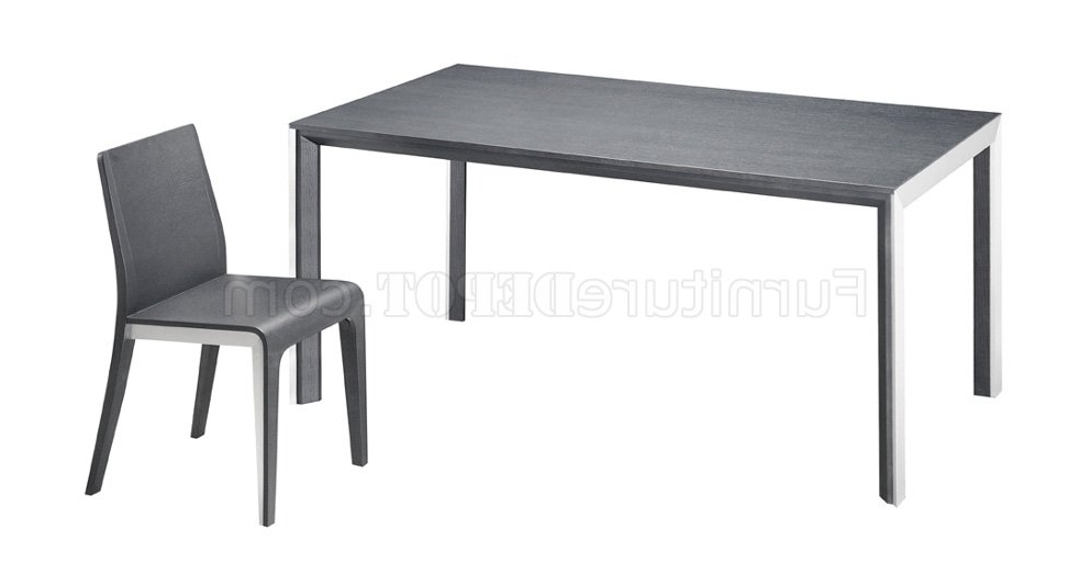 Brushed Steel Dining Tables Regarding Fashionable Black Or White Glass Top Dining Table With Brushed Steel Frame (View 13 of 20)