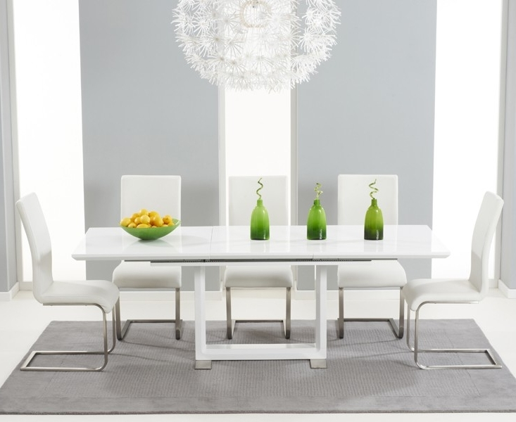 Buy Tula Extending White High Gloss Dining Table 160 220Cm Intended For 2018 Cheap White High Gloss Dining Tables (View 3 of 20)