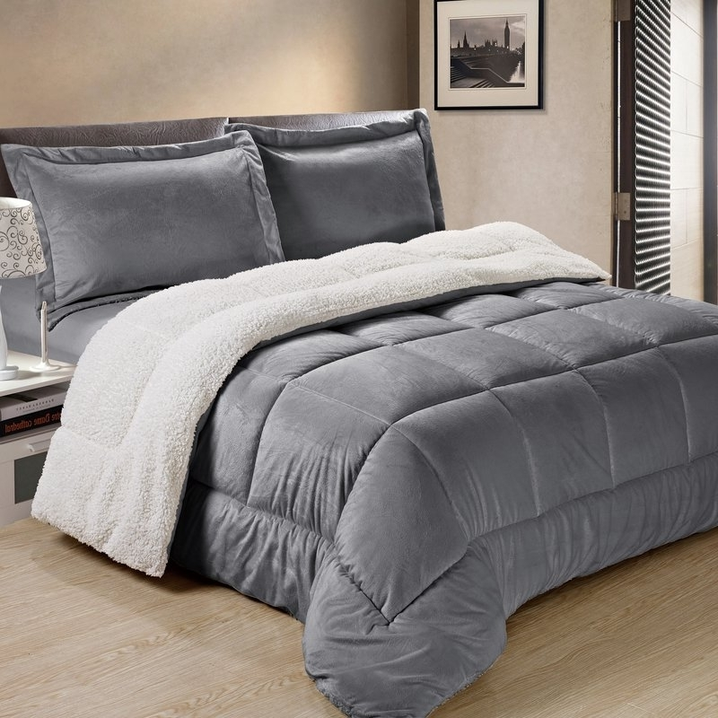 Charlton Home Abbey Box Reversible Comforter Set & Reviews (View 1 of 20)