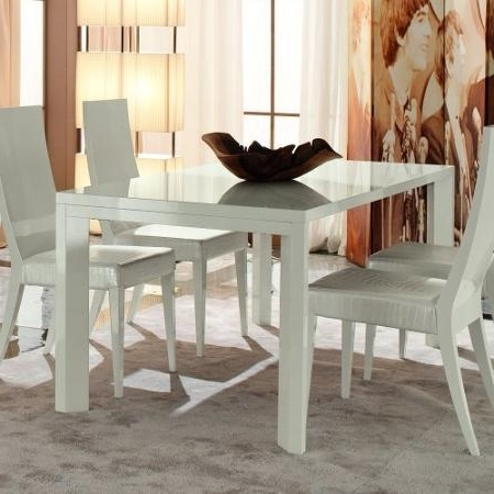 Featured Photo of Cheap Extendable Dining Tables