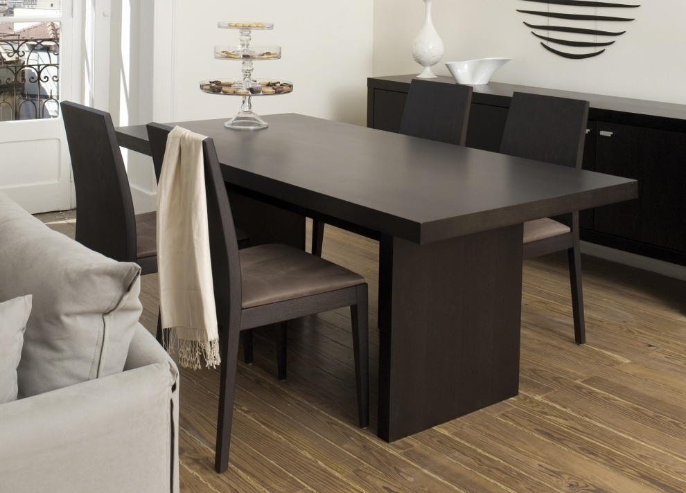 Contemporary Dining Tables Within Trendy 3 Key Points To Consider In The Perfect Contemporary Dining Table (View 17 of 20)