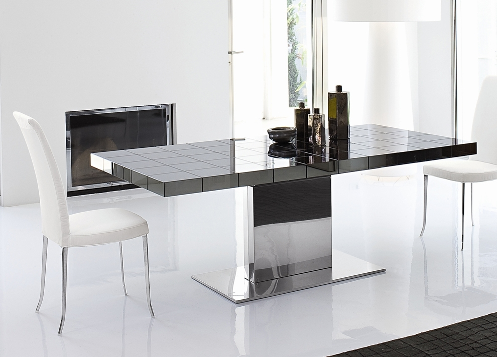 Contemporary Extending Dining Tables With Widely Used Bonaldo Lingotto Extending Dining Table (Gallery 5 of 20)