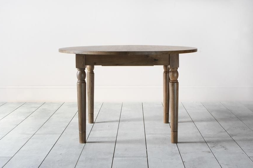 Cooper Oak Round Extendable Dining Table In Natural (Gallery 14 of 20)