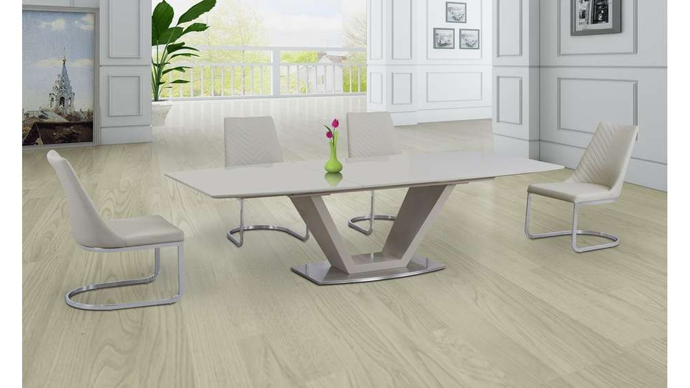 Cream High Gloss Dining Tables In Preferred Cream Glass High Gloss Extending Dining Table And 6 Cream Chairs (View 3 of 20)