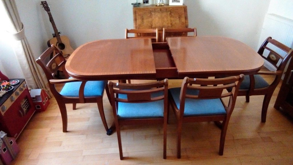 Current Norwood 6 Piece Rectangular Extension Dining Sets With Upholstered Side Chairs Inside Mcintosh Light Mahogany Extending Dining Table And Six Chairs (View 1 of 20)