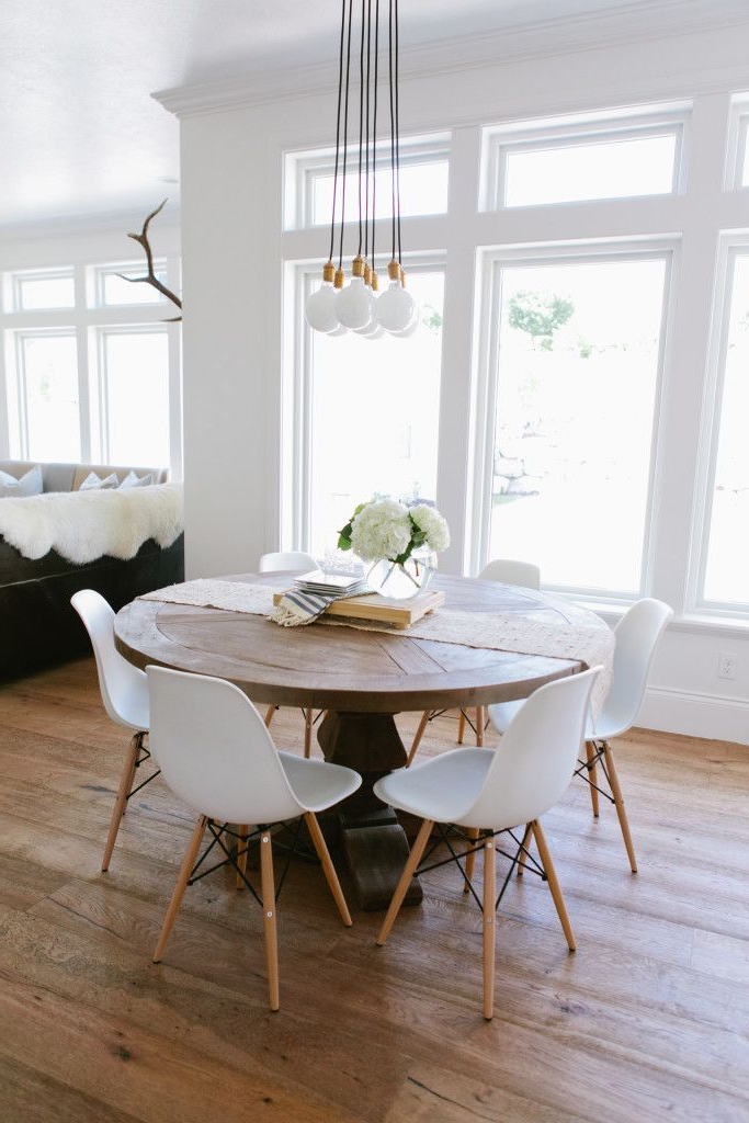 Dining Tables: Astounding Round White Dining Table Round Dining For Popular Small Round White Dining Tables (View 7 of 20)
