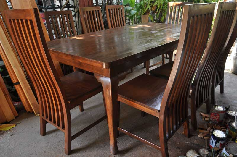 Dining Tables For Eight For Preferred Chai's Eight Seater Mahogany Dining Table (View 4 of 20)