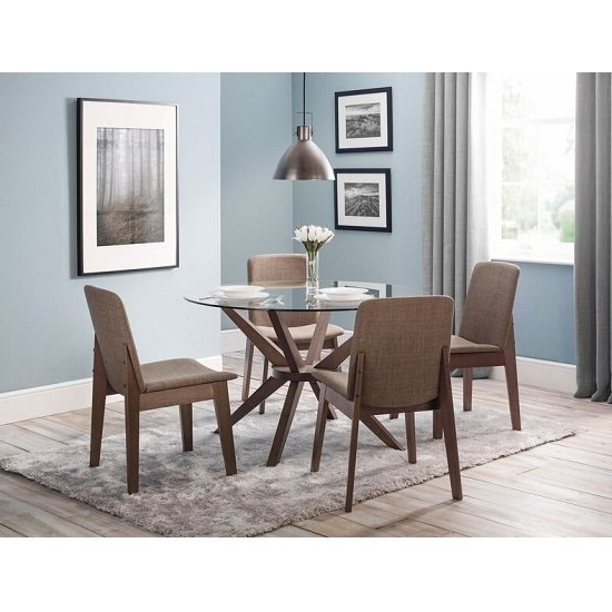 Domino Glass Dining Table Round In Clear With 4 Dining In Preferred Clear Glass Dining Tables And Chairs (View 12 of 20)