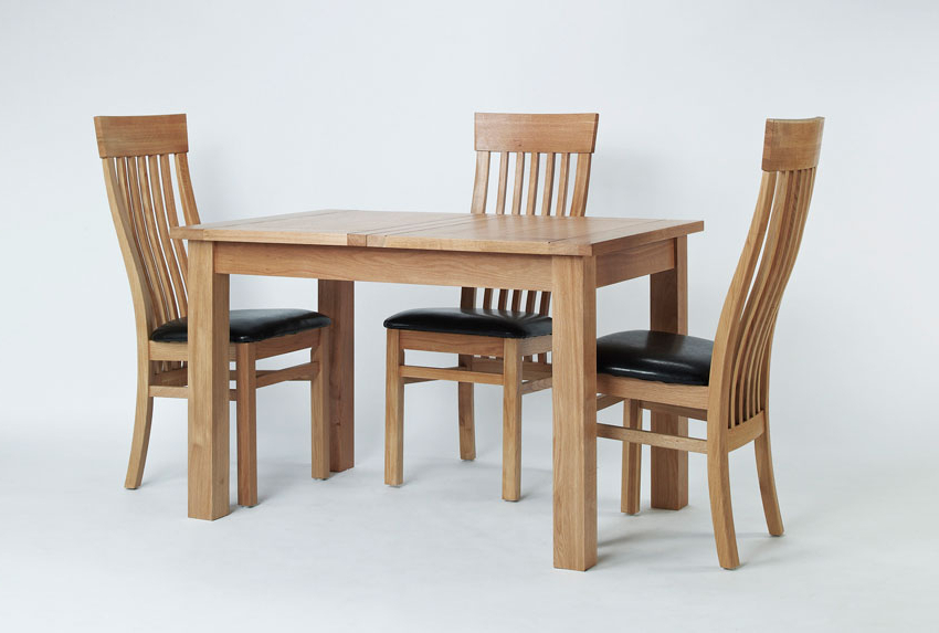 Elegant Oak Small Extending Dining Table Hampshire Furniture Small Regarding Favorite Small Extending Dining Tables And Chairs (View 4 of 20)