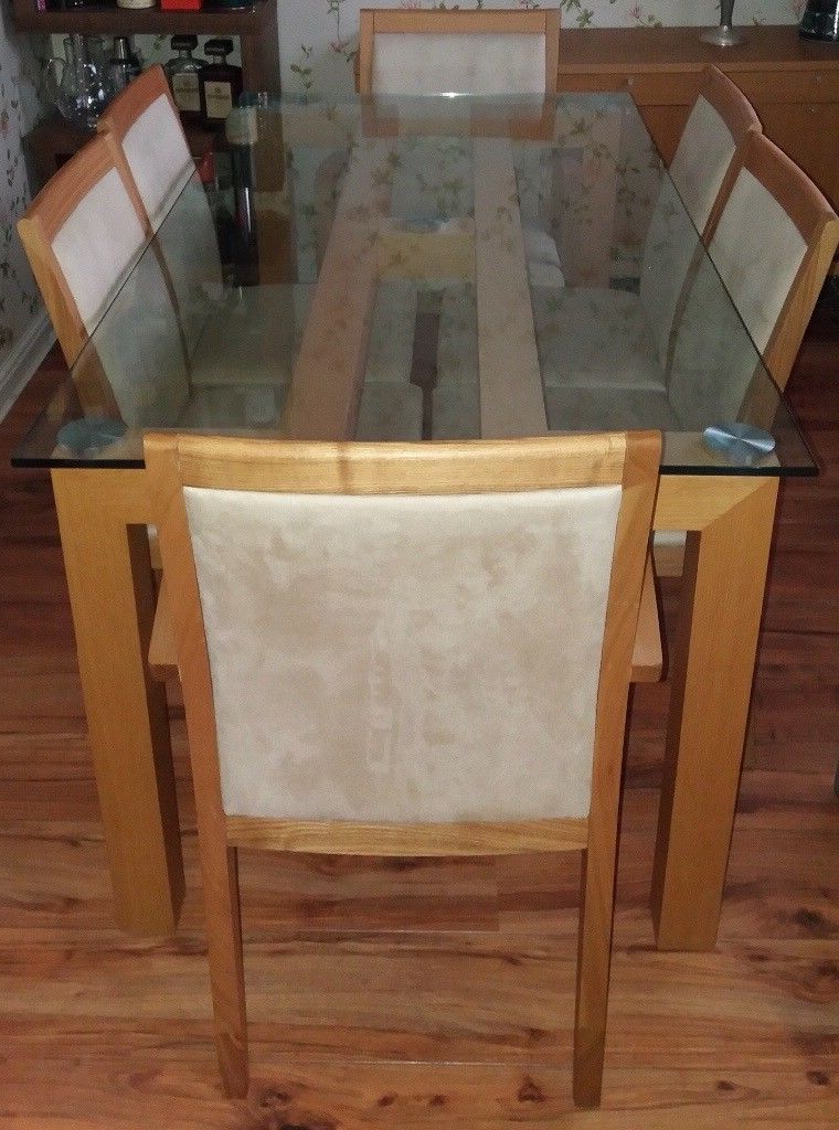 Excellent Condition, Barely Used Glass Top Oak Dining Table With 6 With Regard To Latest Glass Top Oak Dining Tables (Gallery 20 of 20)
