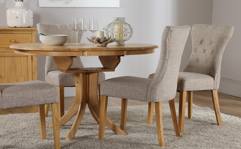 Extendable Dining Tables And Chairs Regarding Best And Newest Extending Dining Table: Right To Have It In Your Dining Room (Gallery 10 of 20)