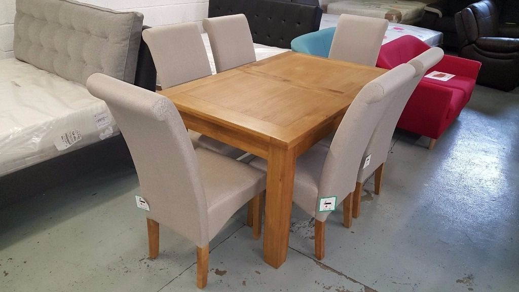 Extendable Oak Dining Tables And Chairs Pertaining To Popular Ex Display Julian Bowen Astoria Extending Oak Dining Table & 6 Rio (View 15 of 20)