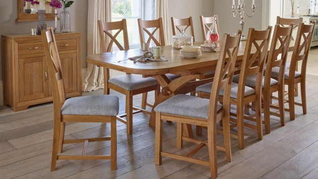 Extending Dining Table And Chairs Regarding 2017 Oak Extendable Dining Table And Chairs (View 17 of 20)