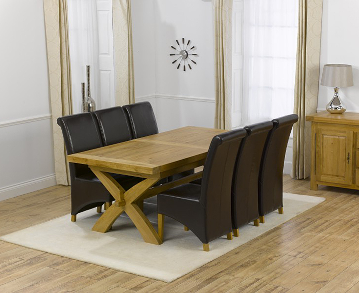 Extending Dining Tables And 6 Chairs With Most Up To Date Cheshire 200Cm Solid Oak Extending Dining Table With Kentucky Chairs (Gallery 14 of 20)