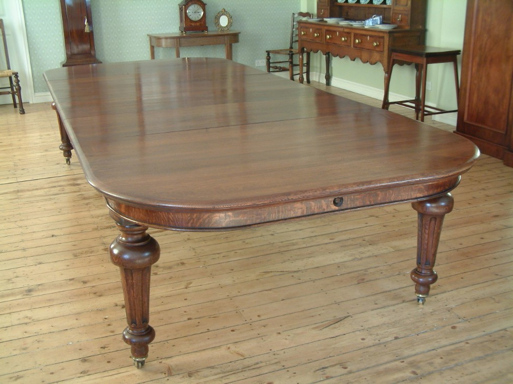 Extending Dining Tables With 14 Seats Regarding Well Liked Victorian Oak Extending Dining Table, Seats 12 (View 9 of 20)