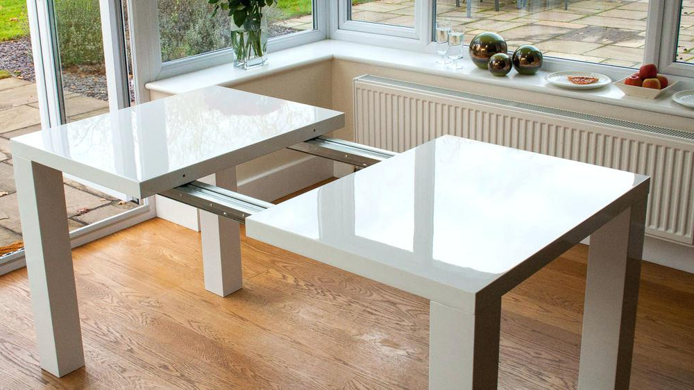 Extending Gloss Dining Tables With Regard To Widely Used White High Gloss Dining Table – Yourlegacy (View 5 of 20)