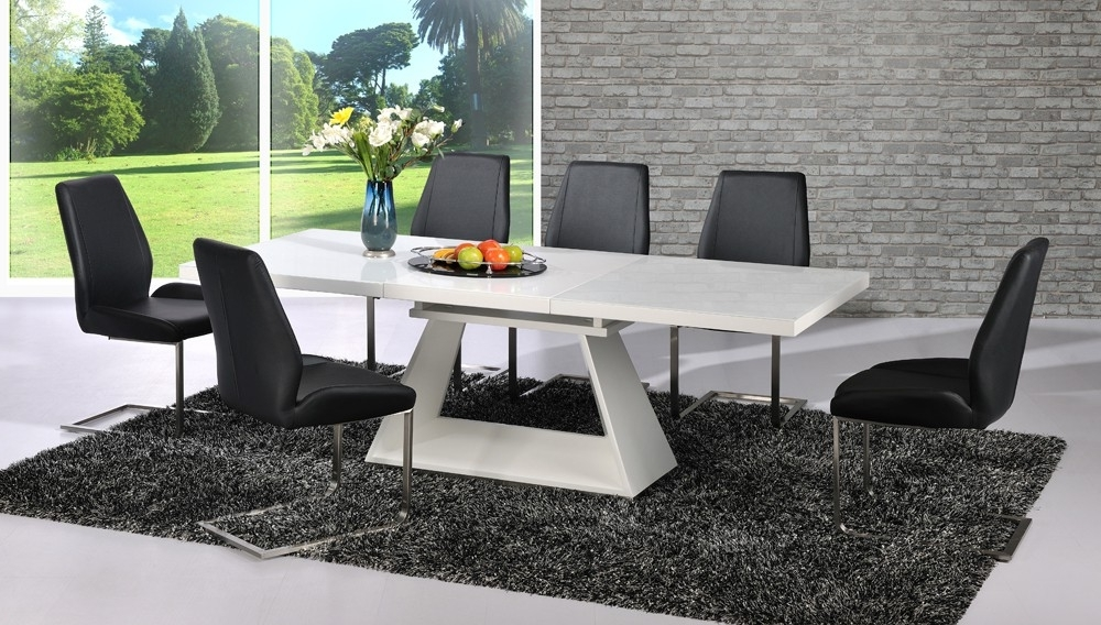 Famous Black Glass Extending Dining Tables 6 Chairs In Amsterdam Extending Dining Table In White Gloss And  (View 8 of 20)