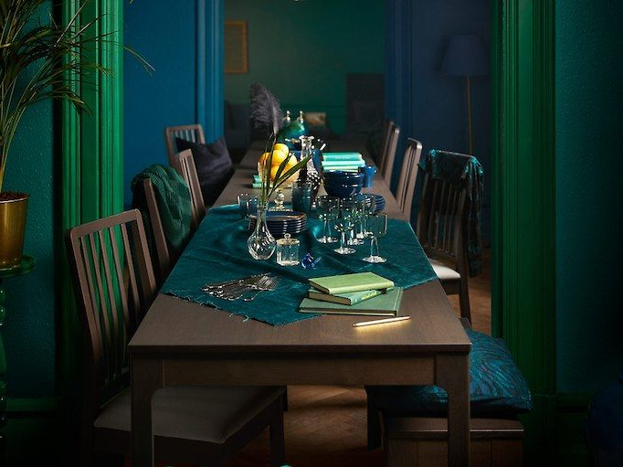 Famous Palazzo 7 Piece Dining Sets With Mindy Slipcovered Side Chairs Intended For Our Ikea Ekedalen Dinner Table Is Always Ready For Extra Guests (View 5 of 20)