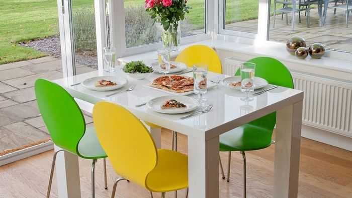 Fashionable Colourful Dining Tables And Chairs Pertaining To  (View 7 of 20)