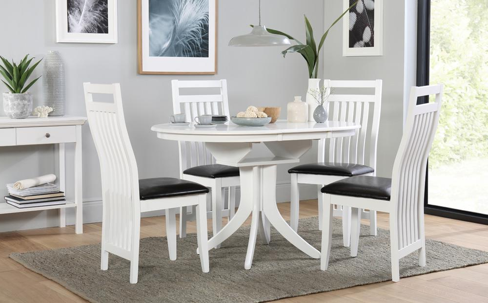 Fashionable Hudson Round Dining Tables Pertaining To Hudson Round White Extending Dining Table And 4 Chairs Set (Java (Gallery 1 of 20)