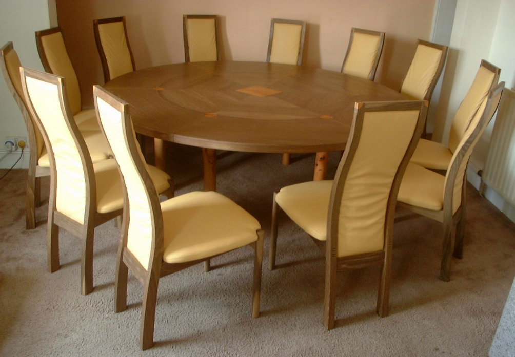 Fashionable Round Extending Oak Dining Tables And Chairs With Regard To 12 Seater Expanding Circular Dining Table (View 12 of 20)