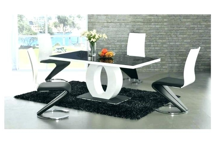 Favorite Contemporary Dining Room Tables And Chairs For Modern Dining Room Table Chairs – Kuchniauani (View 12 of 20)