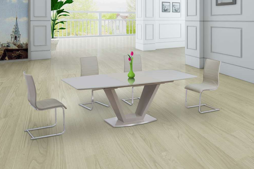 Favorite Cream Glass High Gloss Extending Dining Table And 8 Gloss Chairs Throughout Cream High Gloss Dining Tables (Gallery 17 of 20)