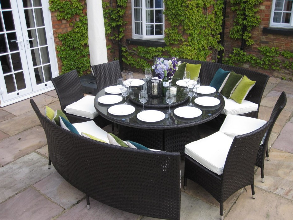 Favorite Garden Dining Tables And Chairs Throughout Dining Room Garden Furniture Dining Sets Round Garden Dining Table (View 4 of 20)