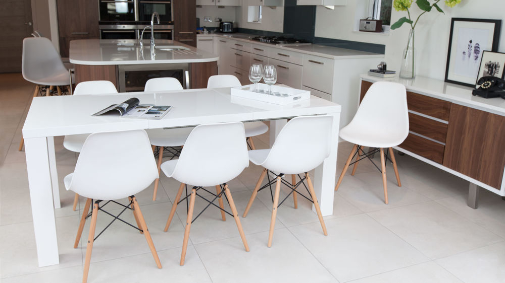 Fern White Gloss Extending And Eames Style Dining Set Regarding Most Recently Released High Gloss Dining Tables Sets (View 7 of 20)