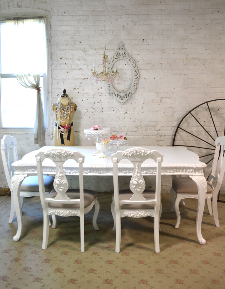 French Chic Dining Tables Throughout Fashionable Painted Cottage Dining Table (View 10 of 20)