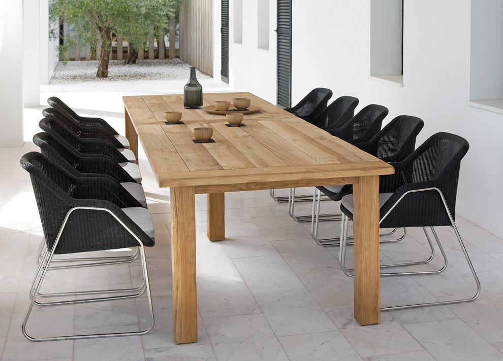 Garden Dining Tables Pertaining To Most Popular Manutti Asti Teak Garden Dining Table – Modern Garden Tables (View 7 of 20)