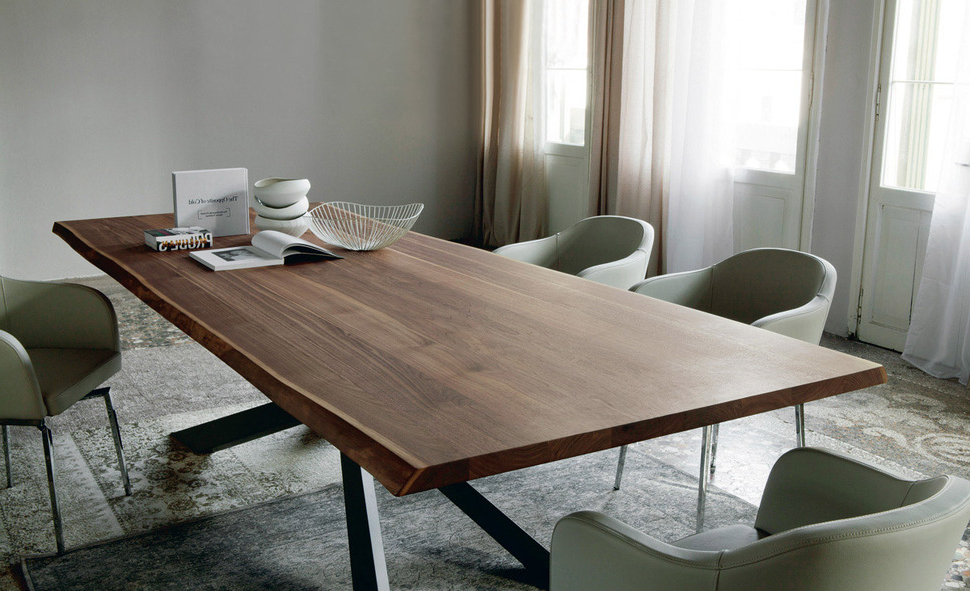 Get Best Solid Wood Dining Table – Bellissimainteriors Intended For Most Popular Solid Wood Dining Tables (View 5 of 20)