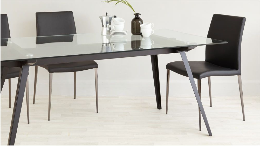 Glass Dining Tables With Wooden Legs Intended For Widely Used Extraordinary 6 8 Seater Glass Dining Table Black Powder Coated Legs (View 18 of 20)