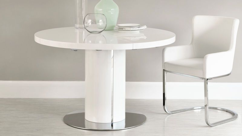 Glass Round Extending Dining Tables With Regard To 2018 Modern White Gloss Dining Table (View 12 of 20)