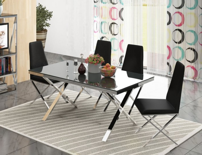 Hamilton Dining Tables Pertaining To Most Recently Released Hamilton Black Glass And Chrome Dining Set (View 6 of 20)
