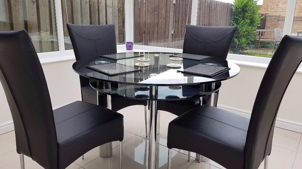 Harvey's Boat Fixed Round Dining Table In Black Glass With 4 Faux Within Newest Round Black Glass Dining Tables And 4 Chairs (View 3 of 20)